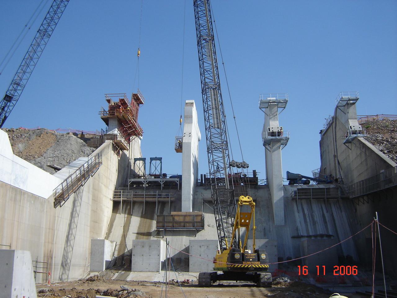 Ross River Dam construction
