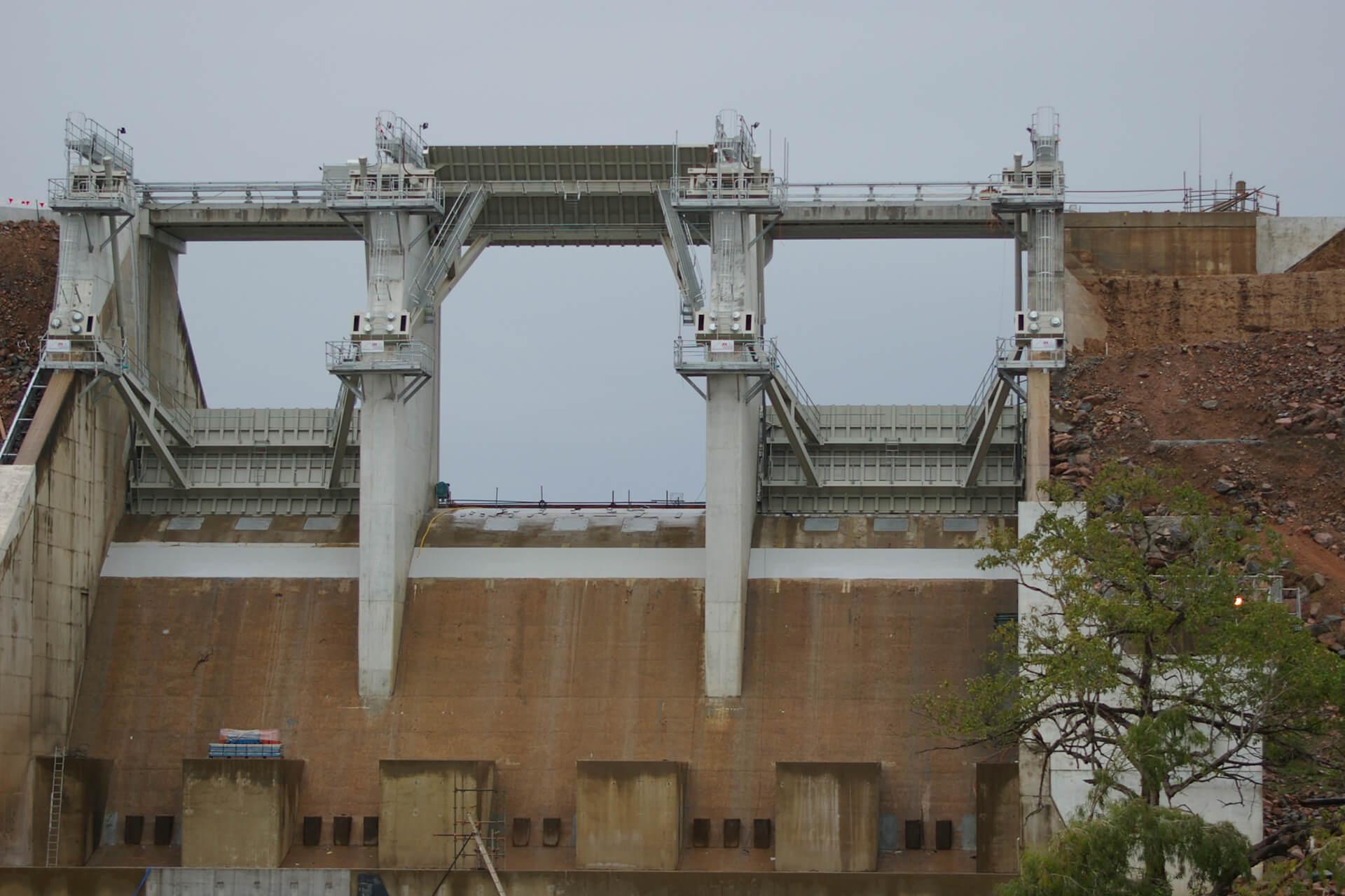 Ross River Dam Radial Gate